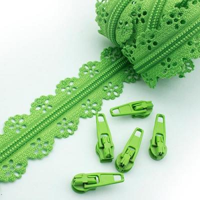 Schieber für Spitzen-Reißverschluss hellgrün 3mm